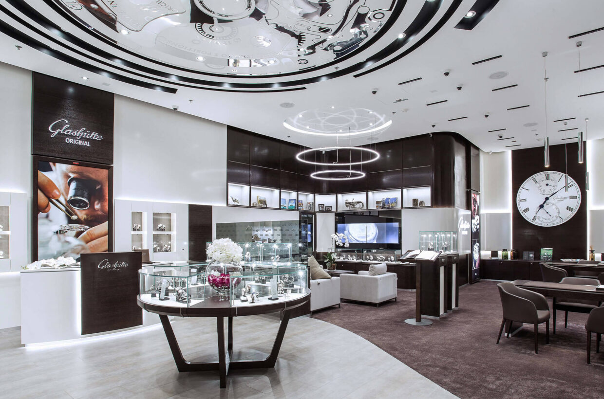 German precision around the globe A worldwide brand presence. Even far from the Saxon homeland, the world of Glashütte Original can be experienced up close. Find retailer